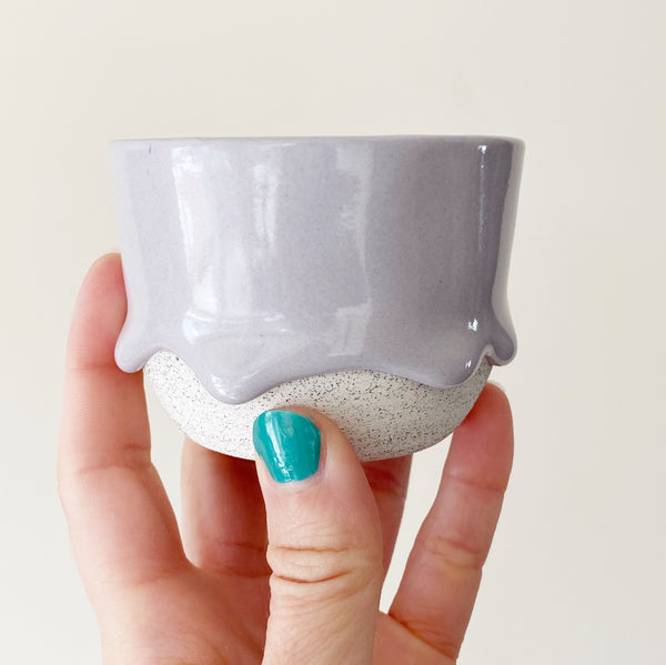 Drippy Oolong Tea Cup in Grey Lavender