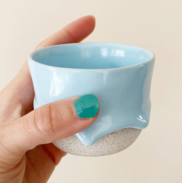 Drippy Oolong Tea Cup in Sky Blue