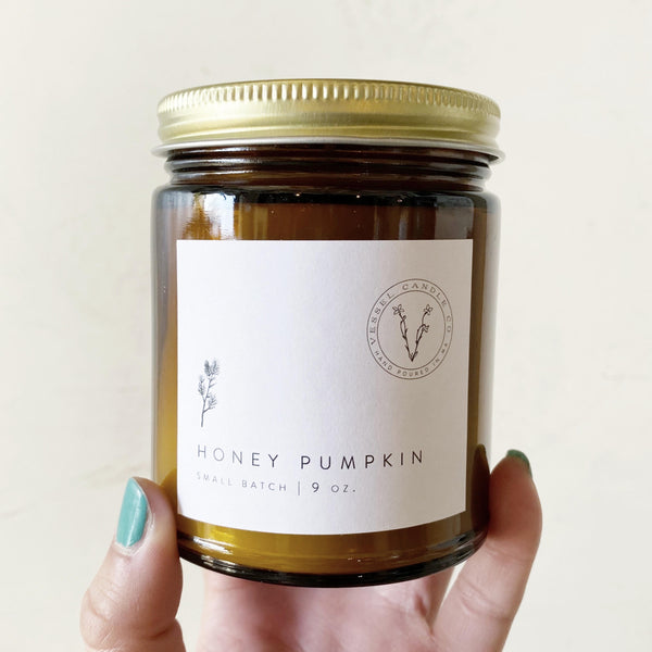 Honey pumpkin soy candle