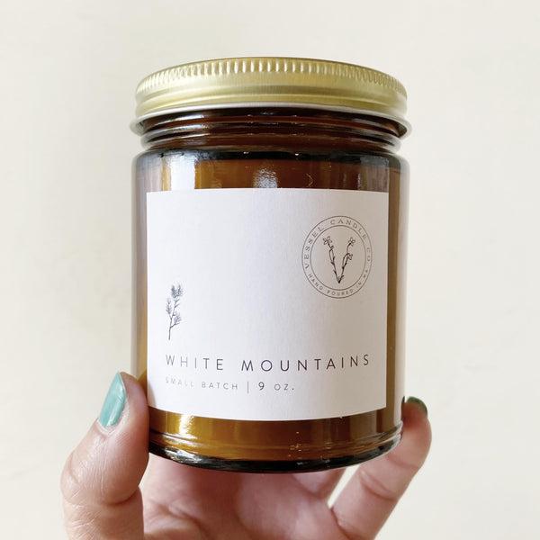 White mountains soy wax candle