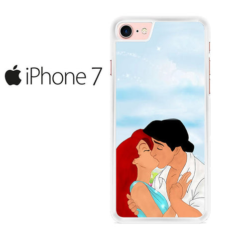 Ariel And Eric Kissing Disney Iphone 7 Case