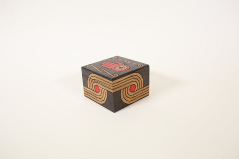 Wooden Box Small - Knot and Hand design