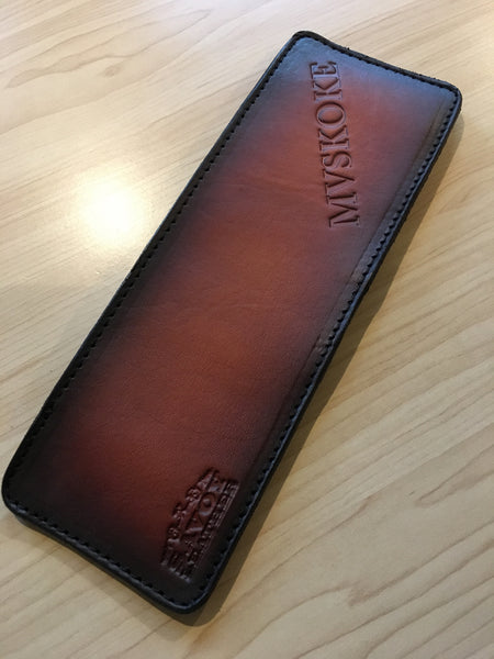 Bi-fold wallet by Savoy Leather