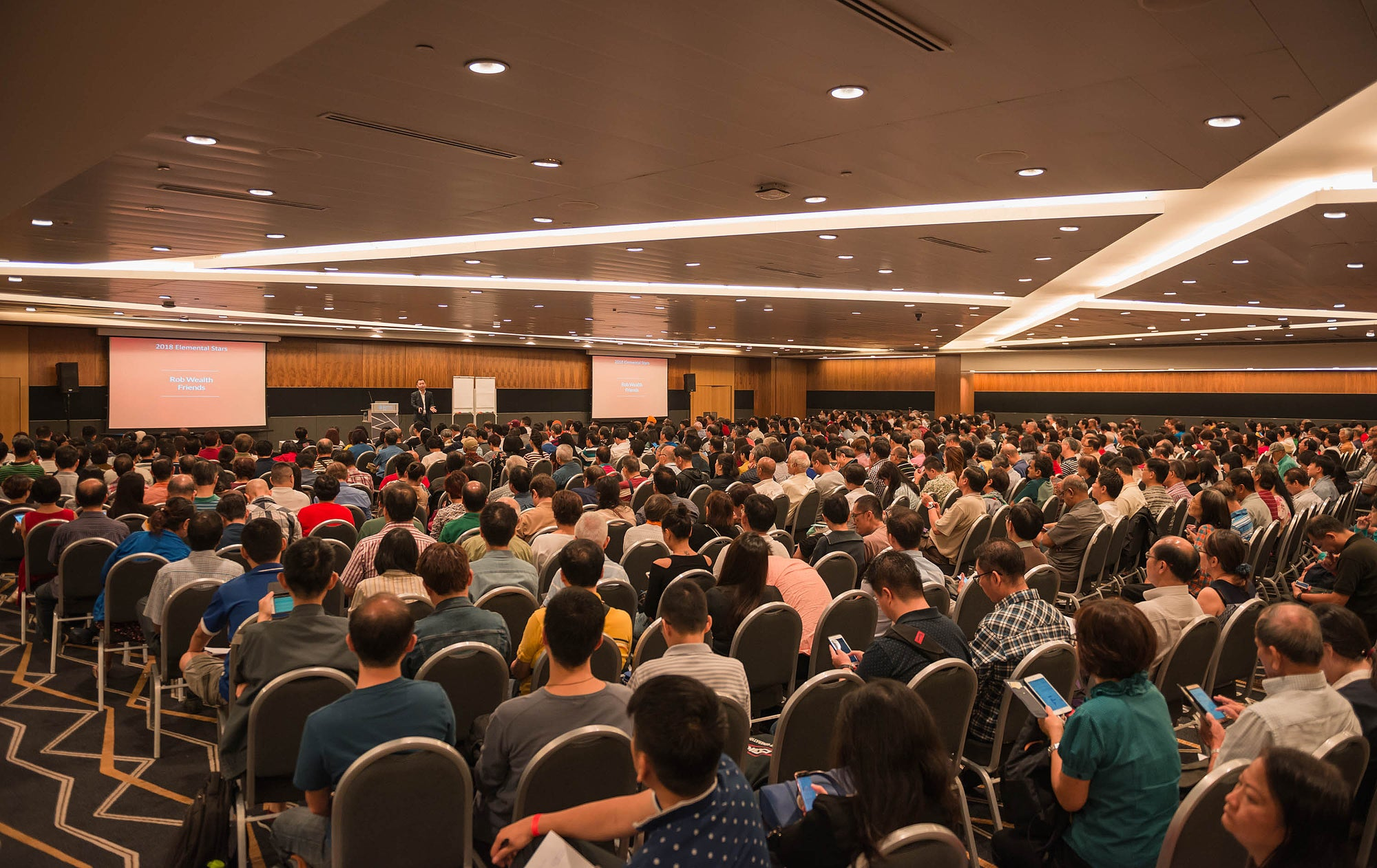 Kevin Foong Destiny and Astrology 2018 Live Seminar at Suntec City Convention Singapore