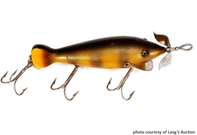 Heddon Spindiver Early Tiny Perch Scale