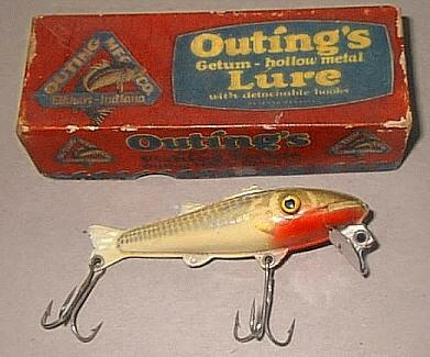 Outing Bassy Getum Fishing Lure and Box