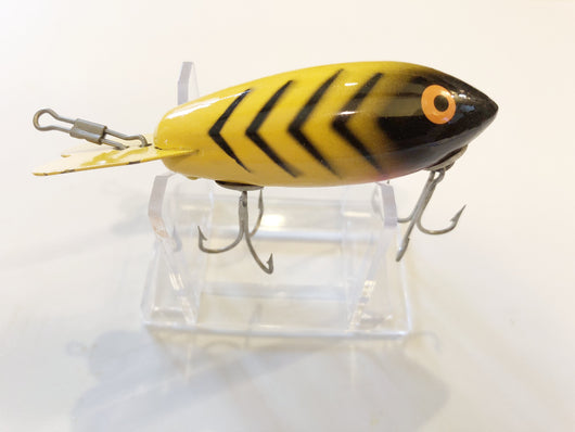 Bomber 420 Wooden Lure Yellow with Black Ribs Color