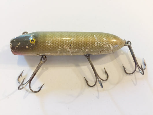 Bass Oreno type fishing lure in Pikie color