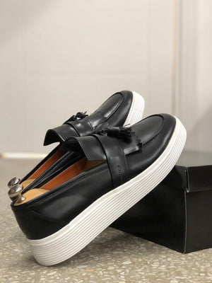 Calf-Leather Shoes in Black (Limited Edition)