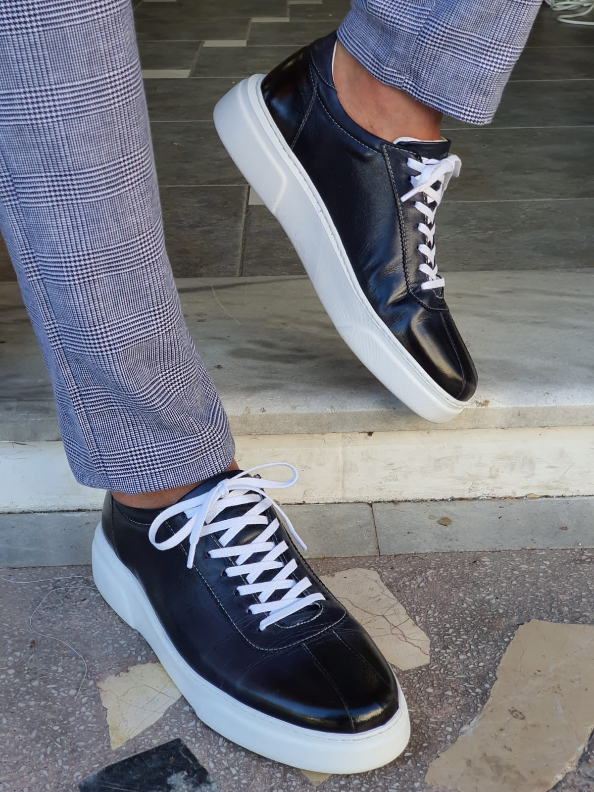 Montreal Navy Blue Mid-Top Sneakers