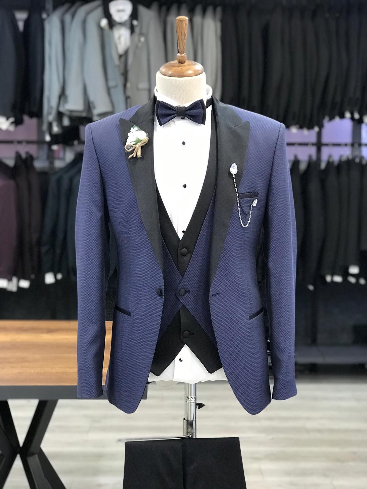 Wellington Navy Blue Slim Fit Peak Lapel Tuxedo