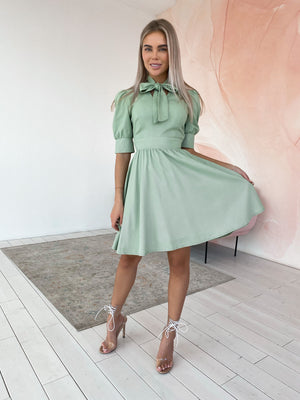 Green Linen Dress With Bow