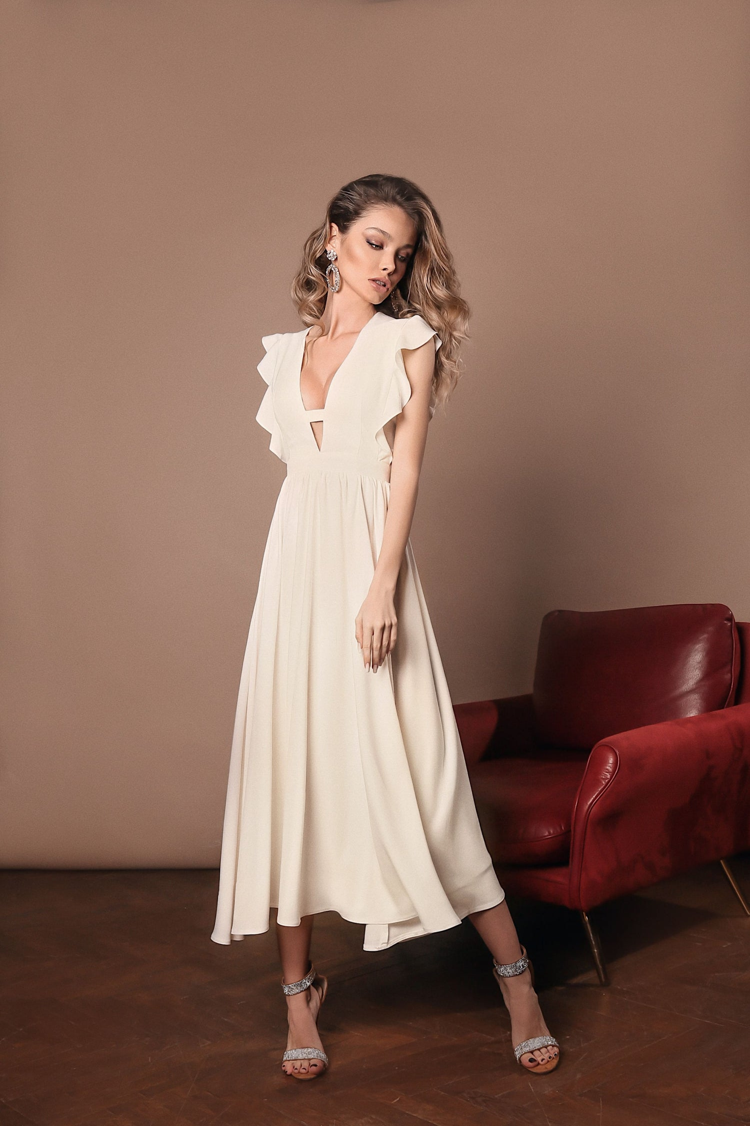 Beige Midi décolletage accent dress