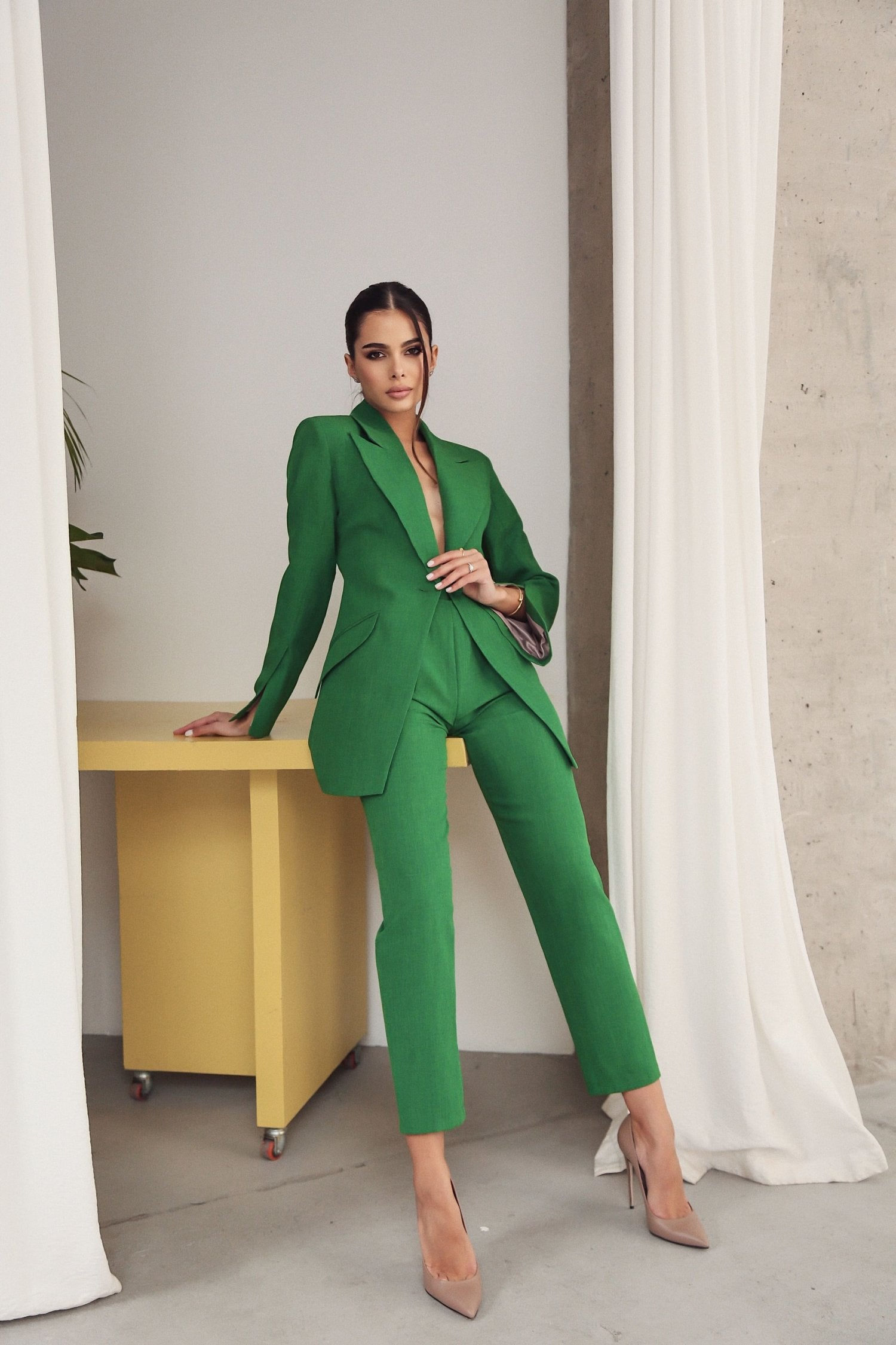 Banana Trousers with Wide Belt Green