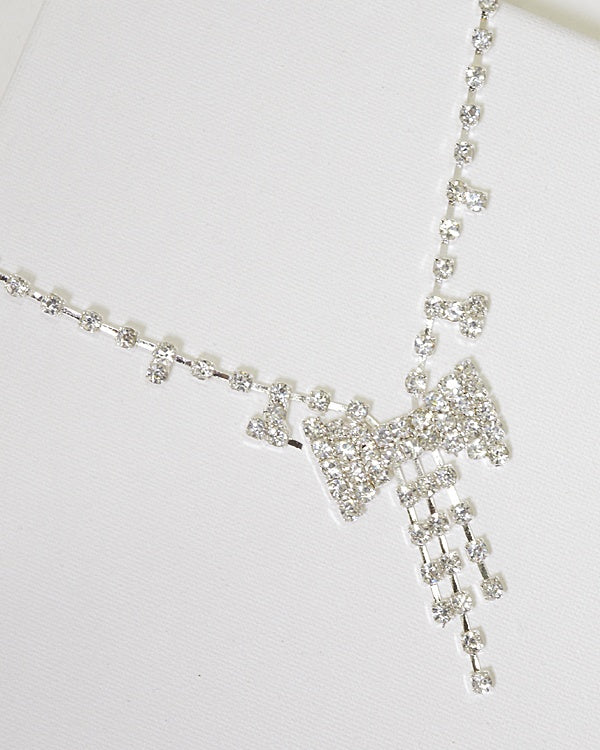 Rhinestone Embellished Bow Shaped Pendant Necklace