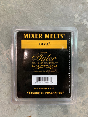 DIVA 11 OZ TYLER CANDLE
