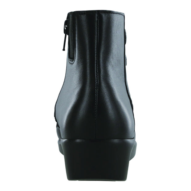 sas boot jade black