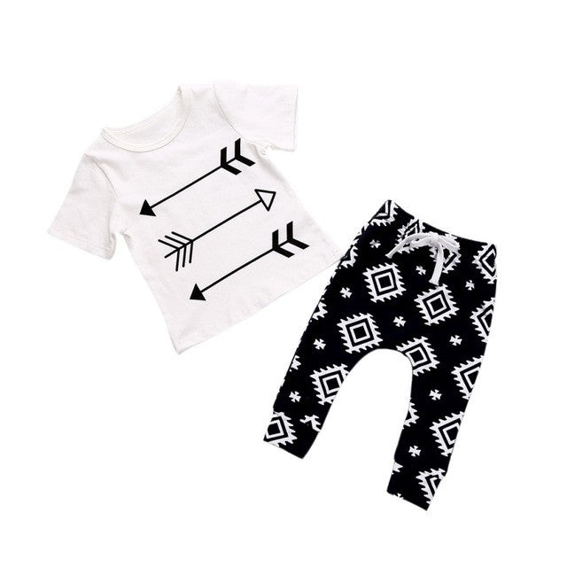 3 Arrows Aztec Clothing Set