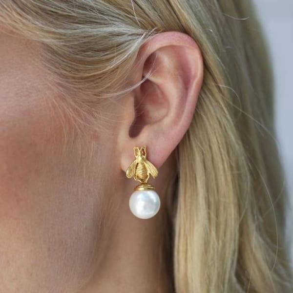 BEE PEARL DROP EARRING - The Navy Knot