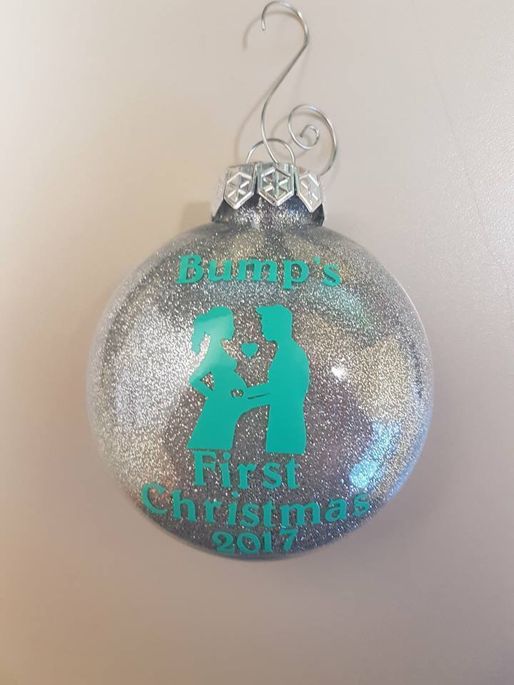 Glittering a Christmas Ornament