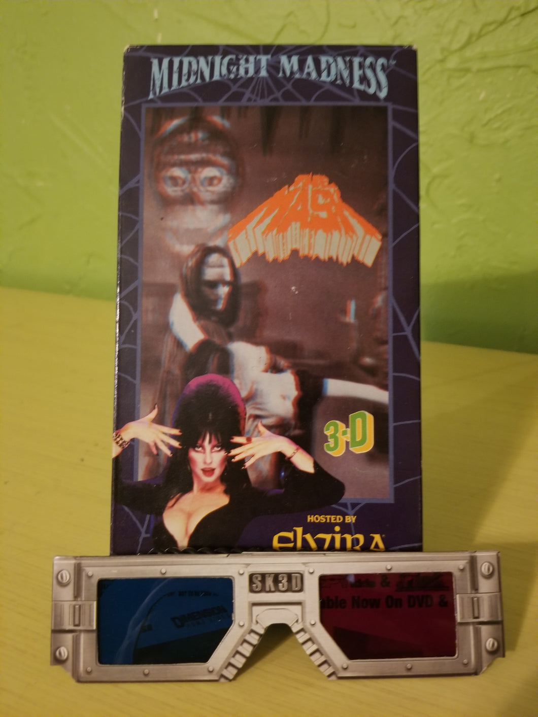 Elvira - The Mask (W 3D GLASSES!!!) VHS
