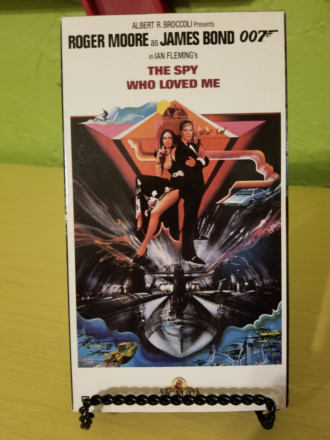 The Spy Who Loved Me 007 VHS