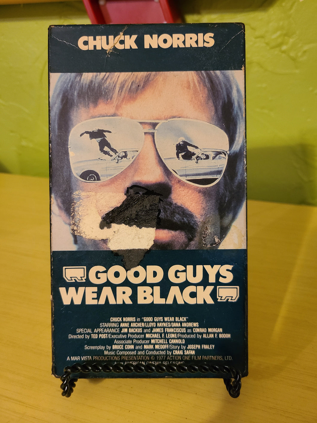 Good Guys Wear Black VHS