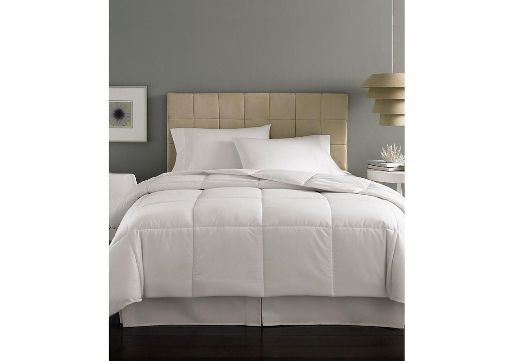 Home Design Mini Stripe 230T Down Alternative Twin Comforter