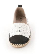 White Mountain Alfresco Canvas Espadrille Size 8M