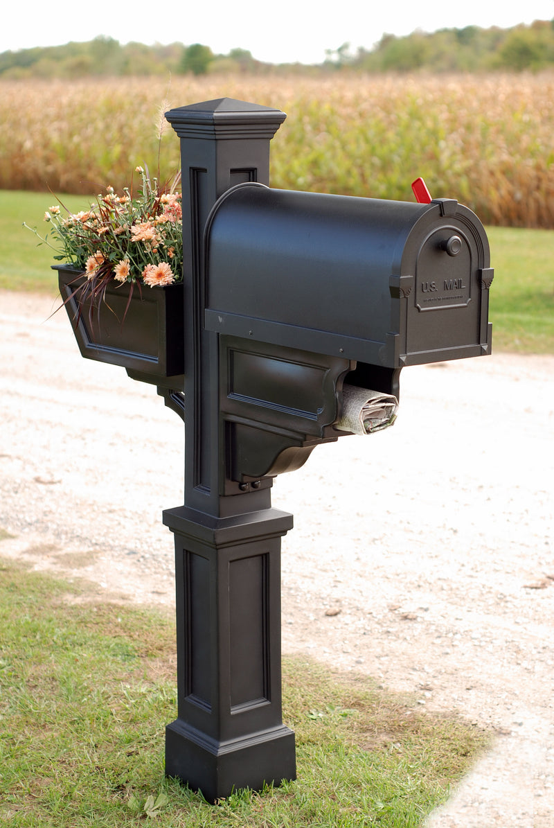 Mayne Signature Plus Mail Post - MailboxEmpire