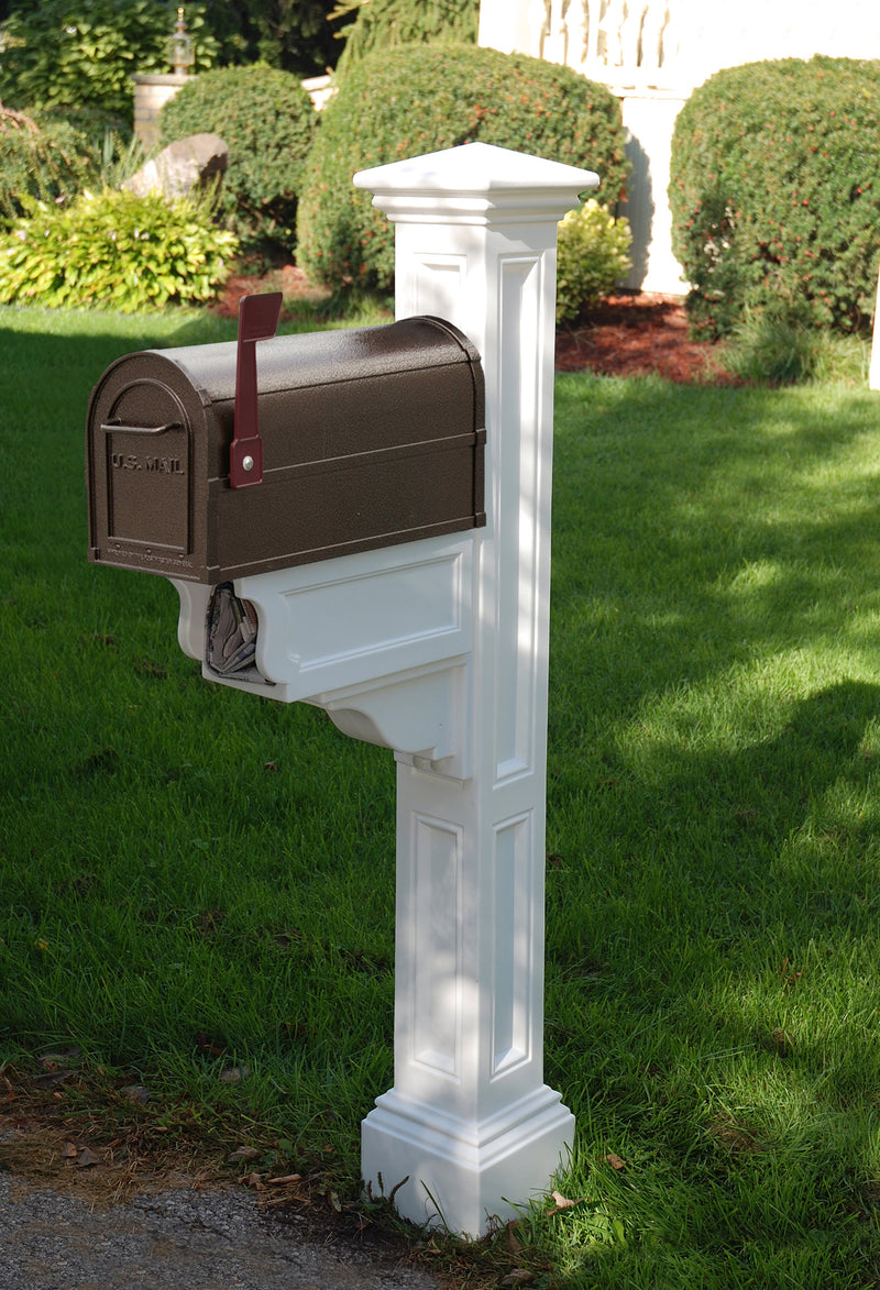 Mayne Charleston Plus Mail Post - MailboxEmpire