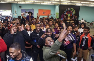 DJ Steph Floss Throws Surprise Concert To Celebrate New Tech East's Grade Improvement