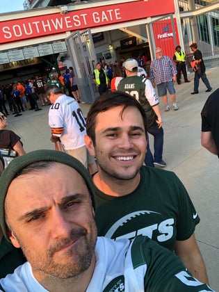 Gary Vee Visits Cleveland For Browns & Jets Game