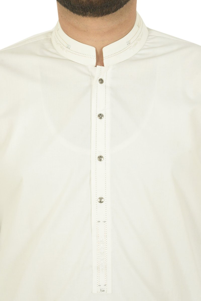 Image of   in Off White SKU: RQ-40214-Large-Off White