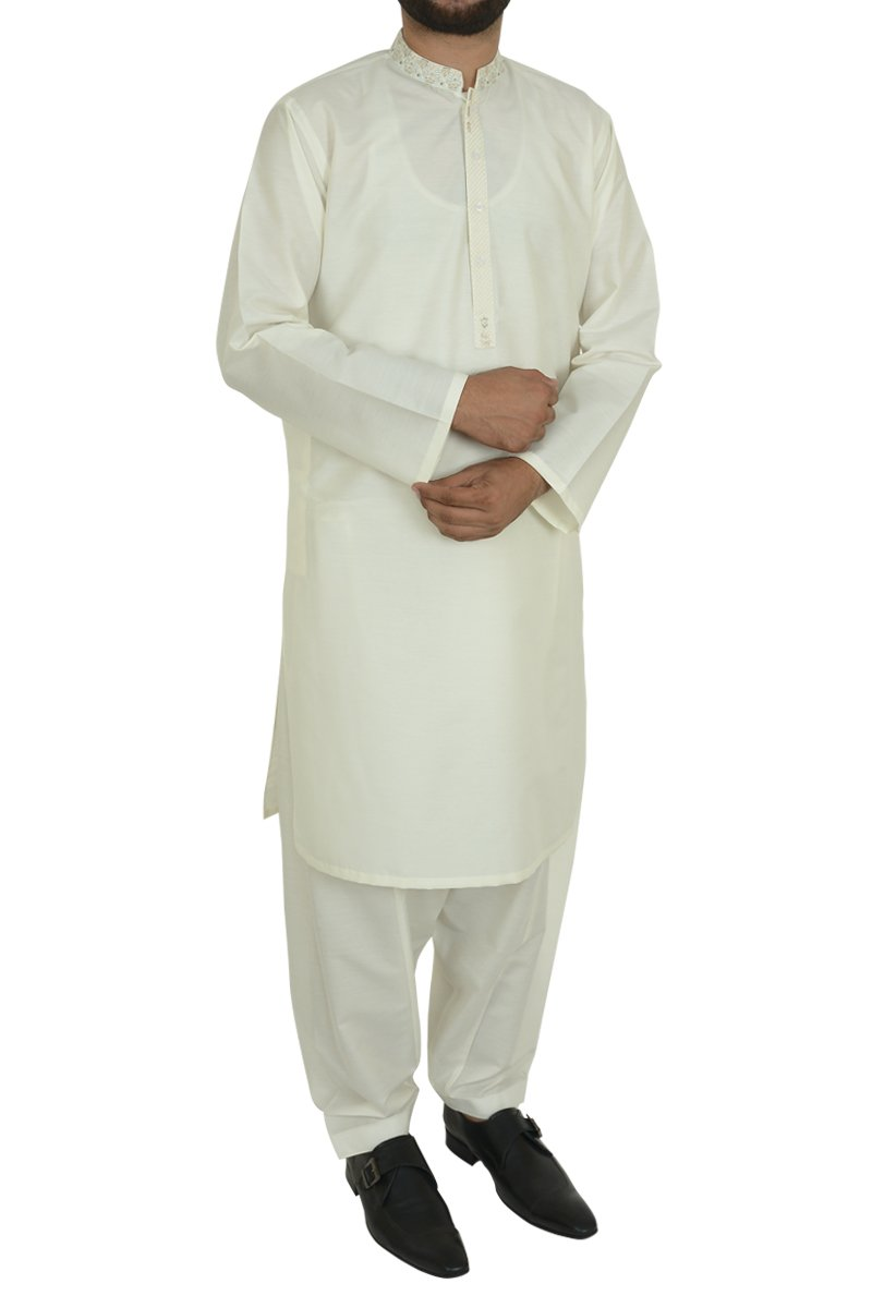 Image of   in Cream SKU: RQ-40201-XL-Cream
