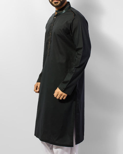 Dark Green Cotton Kurta with Applique work in Green Satin and thread work. Product Code RK-15047