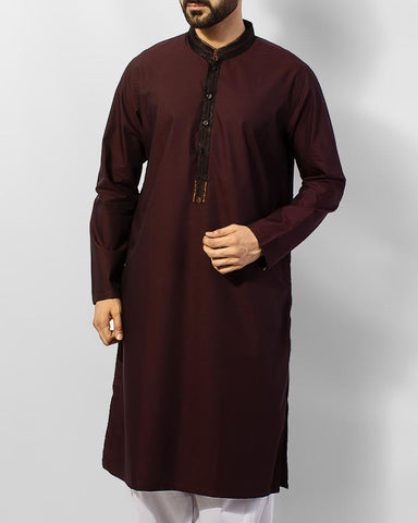 Maroon colored Designer Kurta in Textutred fabric with applique work in Black and Copper  colors. Product Code RK-15049