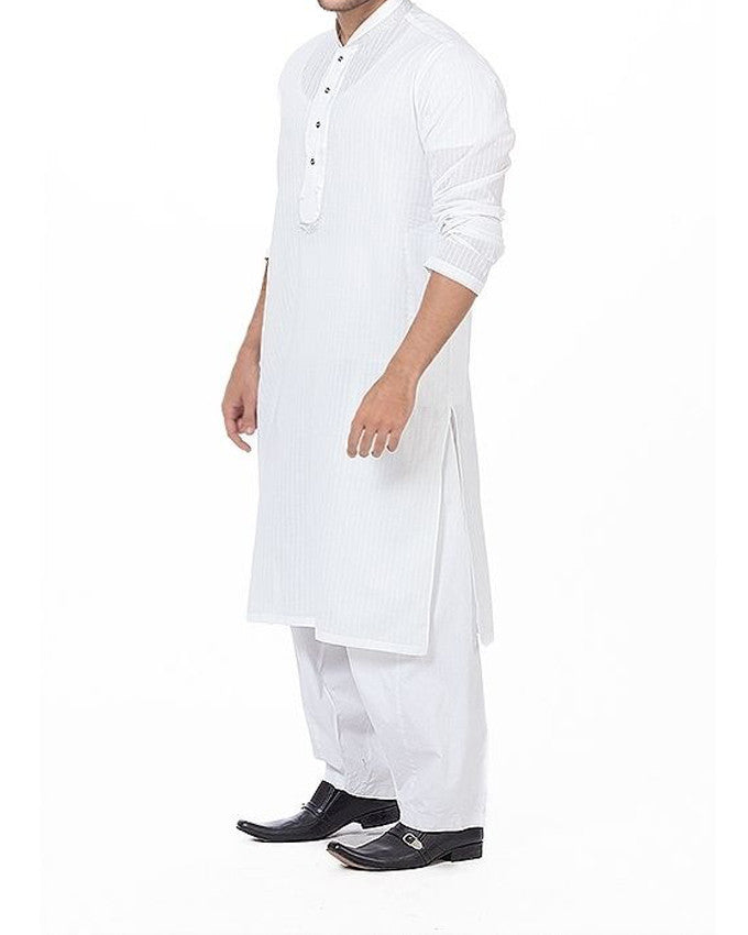 Image of Men Men Kurta in White SKU: RK-16171-Small-White