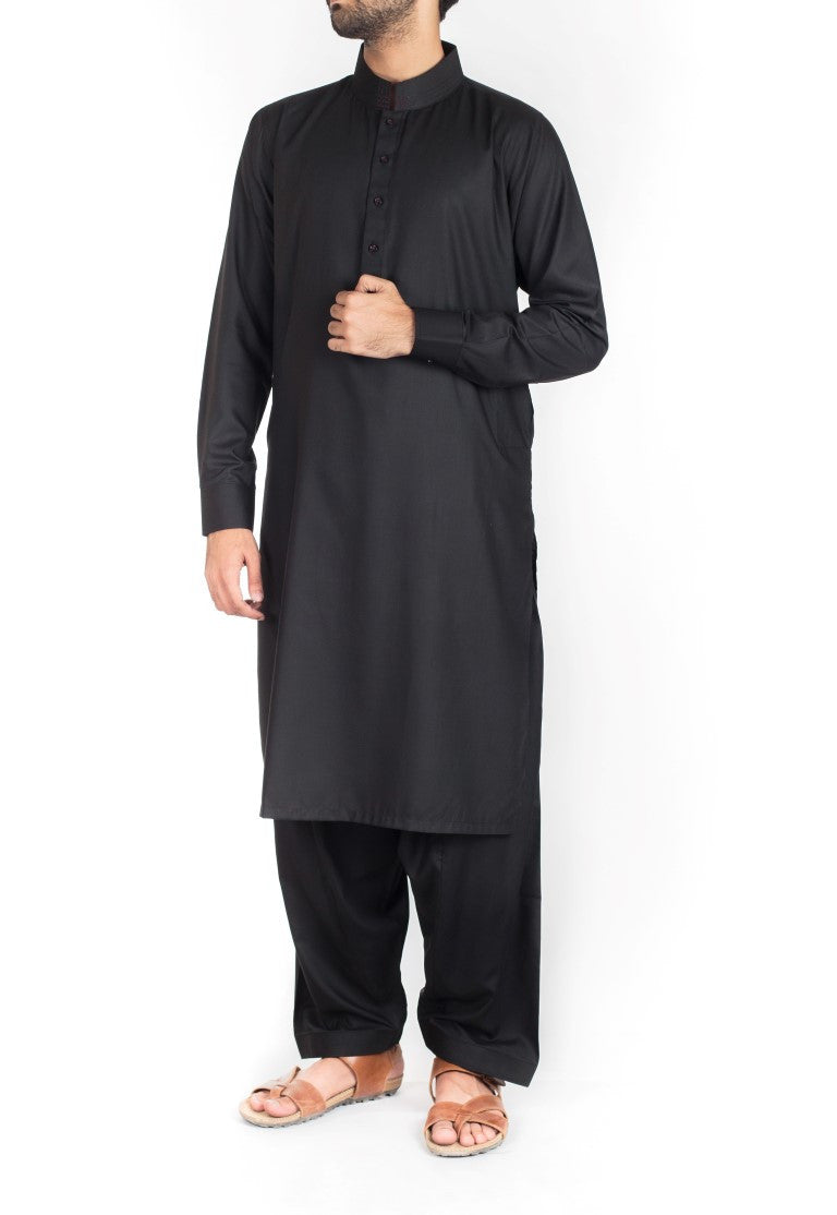 Image of Men Men Shalwar Qameez Black Shalwar Qameez suit in Blended fabric with thread work.  Product Code RQ-16223