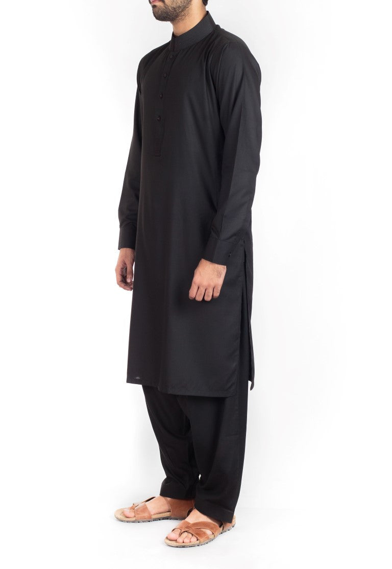 Black Shalwar Qameez suit in Blended fabric with thread work.  Product Code RQ-16223