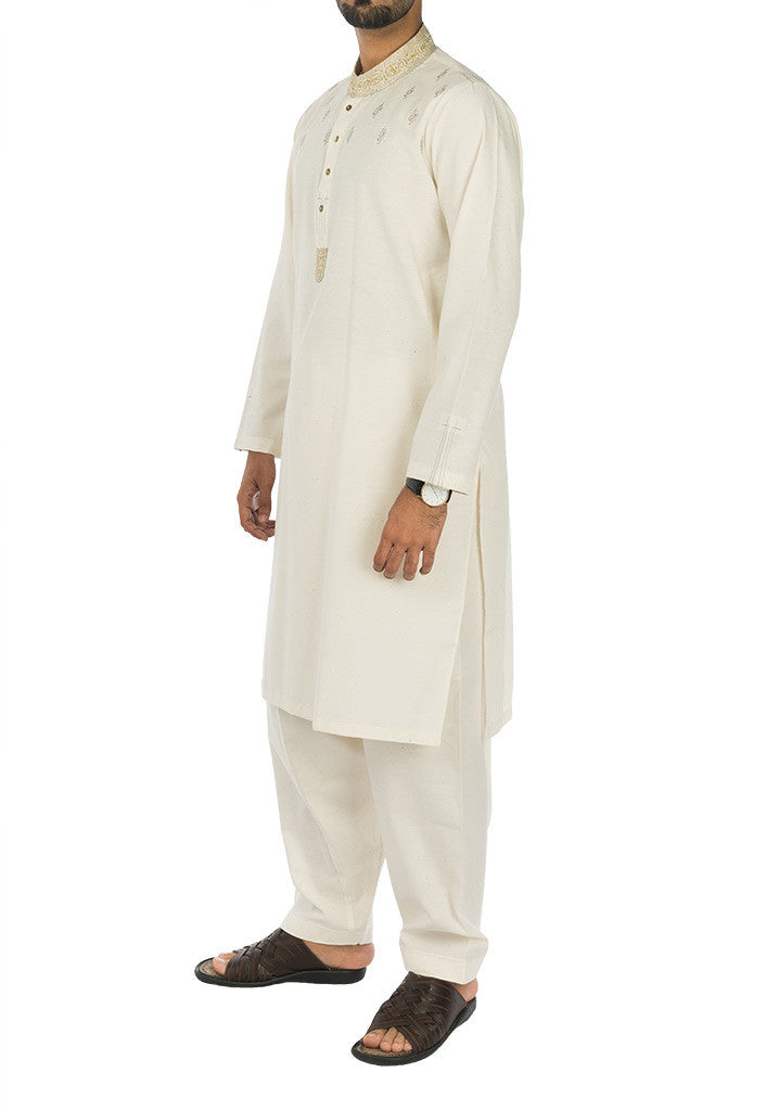 Image of Men Men Shalwar Qameez in Default Color SKU: RQ-17121-Small-Default Color