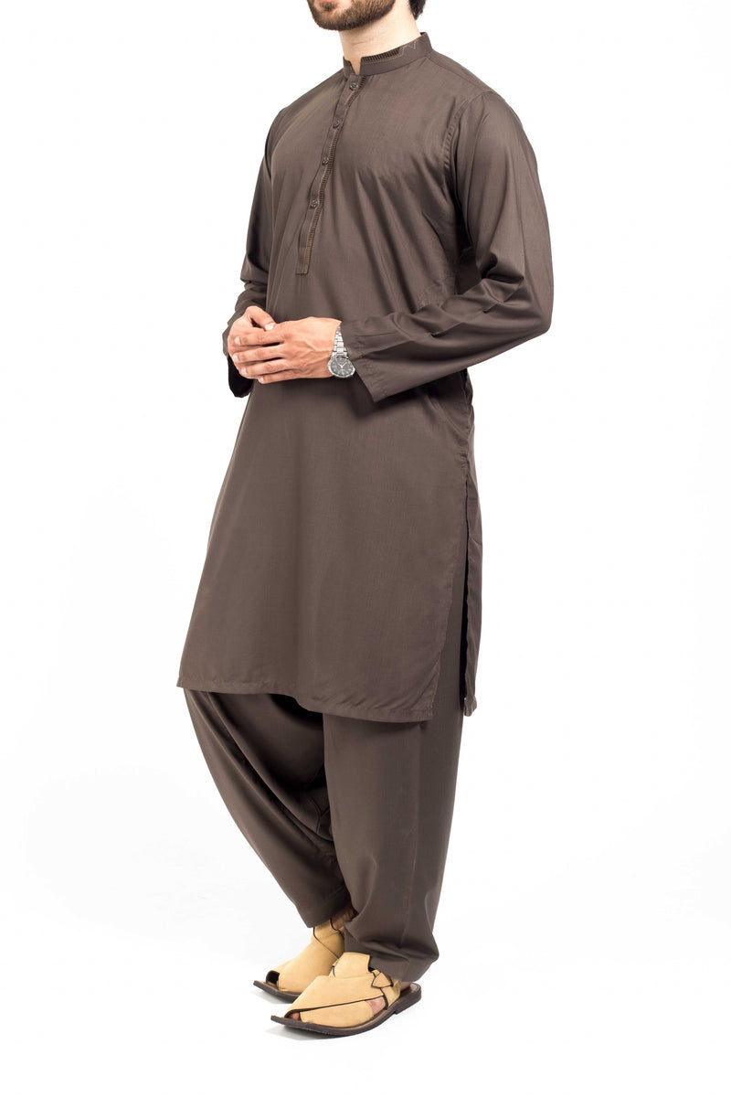 Image of Men Men Shalwar Qameez in Greyiesh Green SKU: RQ-39145-Small-Greyiesh Green