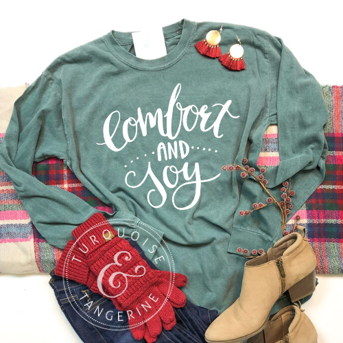 Comfort and Joy Long Sleeve T-Shirt in Green Preorder