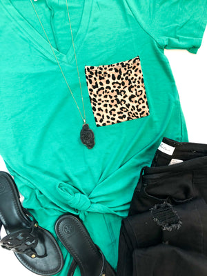 Leopard Pocket V-Neck T-Shirt in Kelly Green