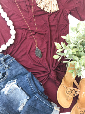 Everyday V-Neck T-Shirt in Maroon