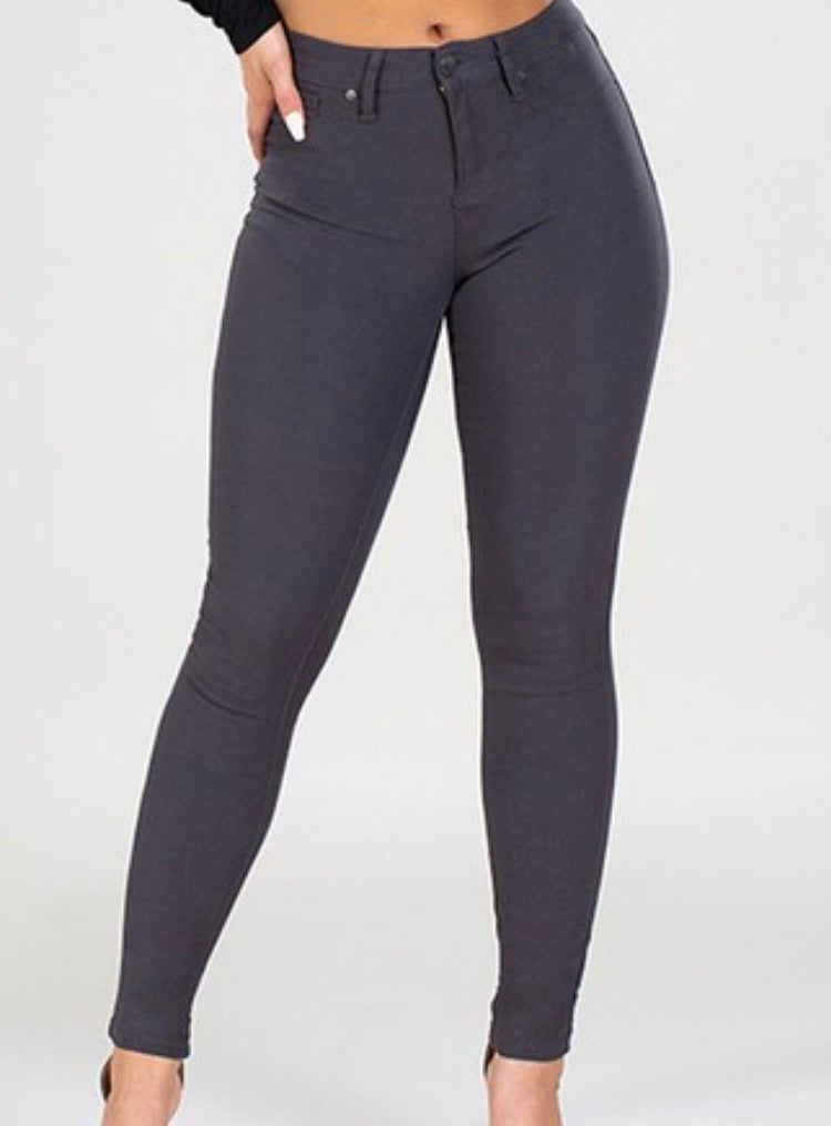 Hyperstretch Skinny Jeans in Charcoal
