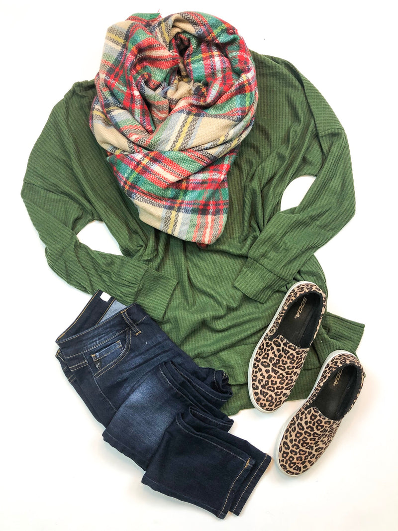 Scoop Neck Waffle Knit Top In Green