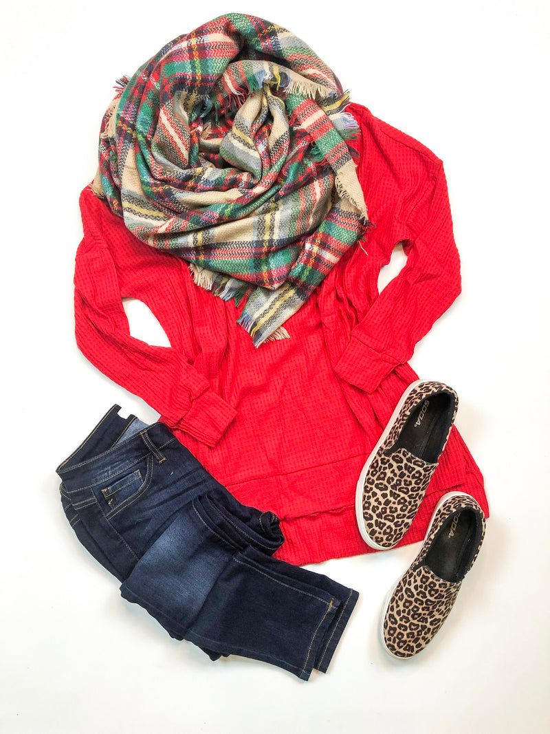 Scoop Neck Waffle Knit Top In Red
