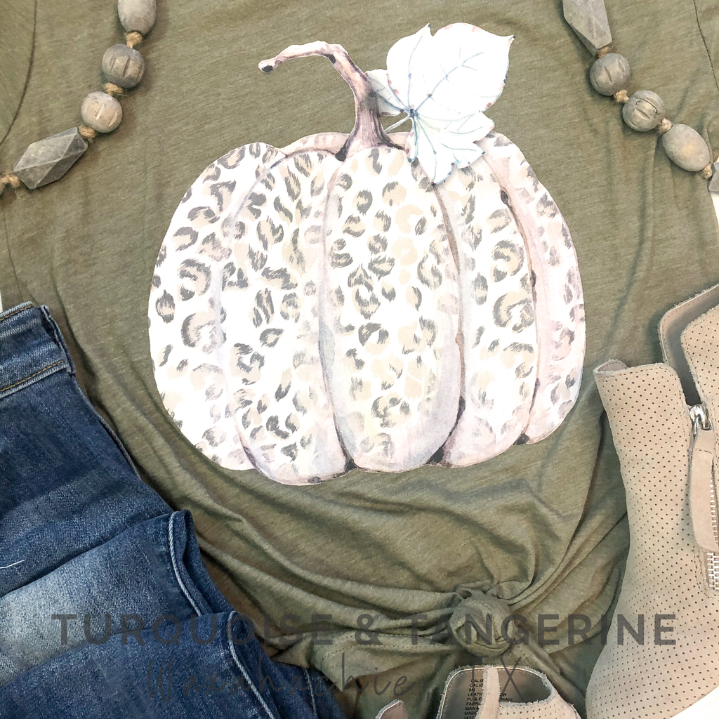 Leopard Pumpkin V-Neck T-Shirt