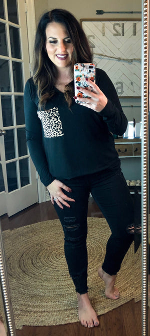 Leopard Pocket V-Neck T-Shirt in Black